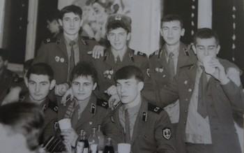 1987-203.jpg