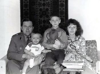 1977-63.jpg
