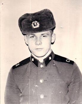 1977-76.jpg