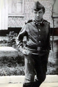 1982-19.jpg